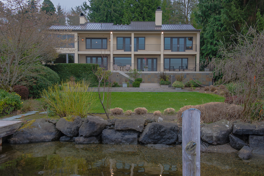 Lake Washington is your backyard